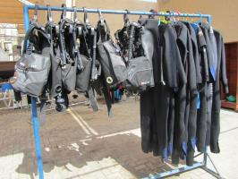 DIVE EQUIPMENTS
