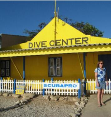 Dive Friends at Dive Inn