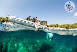 Boat Dive at Kanapitsa Bay,Skopelos isl., Sporades, Greece