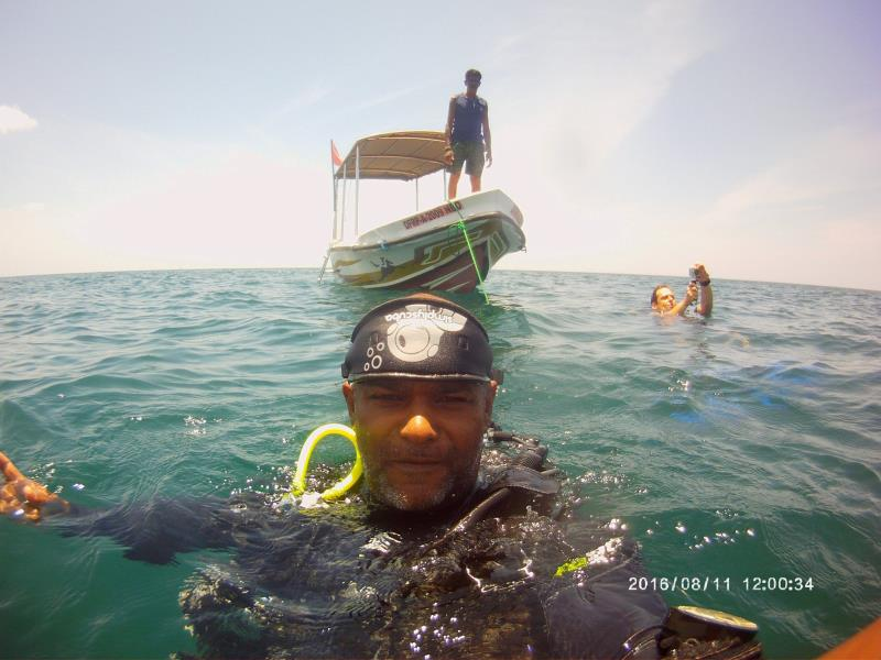 Love diving in this hot weather!