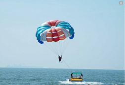 Want to feel your pulse faster? Then you should try flying in the air and enjoy the bird's eye view of the sea.