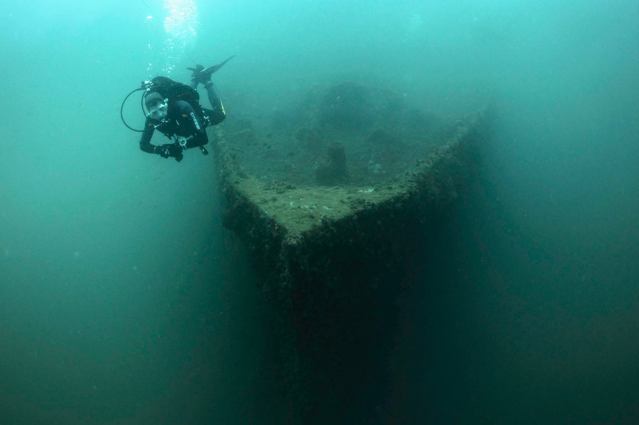 Nowadays the wreck is a popular diving destination due to its attractiveness and location.