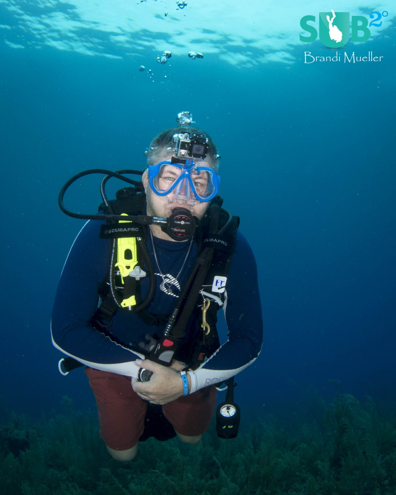 My dive buddy Mike with the Sandmarc Aqua Mask.