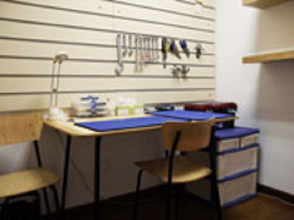 Servicing center, We offer servicing on a wide selection of Brands and equipment.