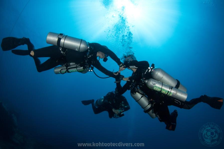 technical-sidemount-13
