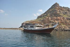 YASH LIVE-ABOARD DHOW