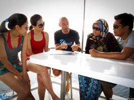 Dive Briefing on M.V Angry Bird Anti Gravity Divers Ko Lanta