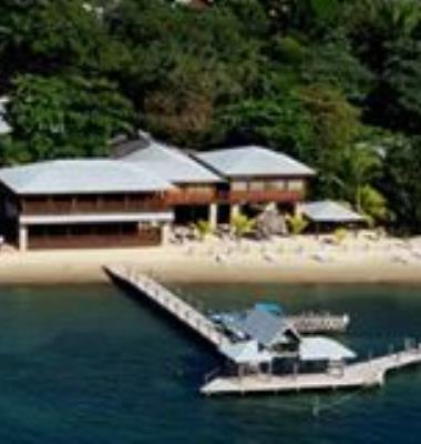 Luna Beach Resort and Dive Shop