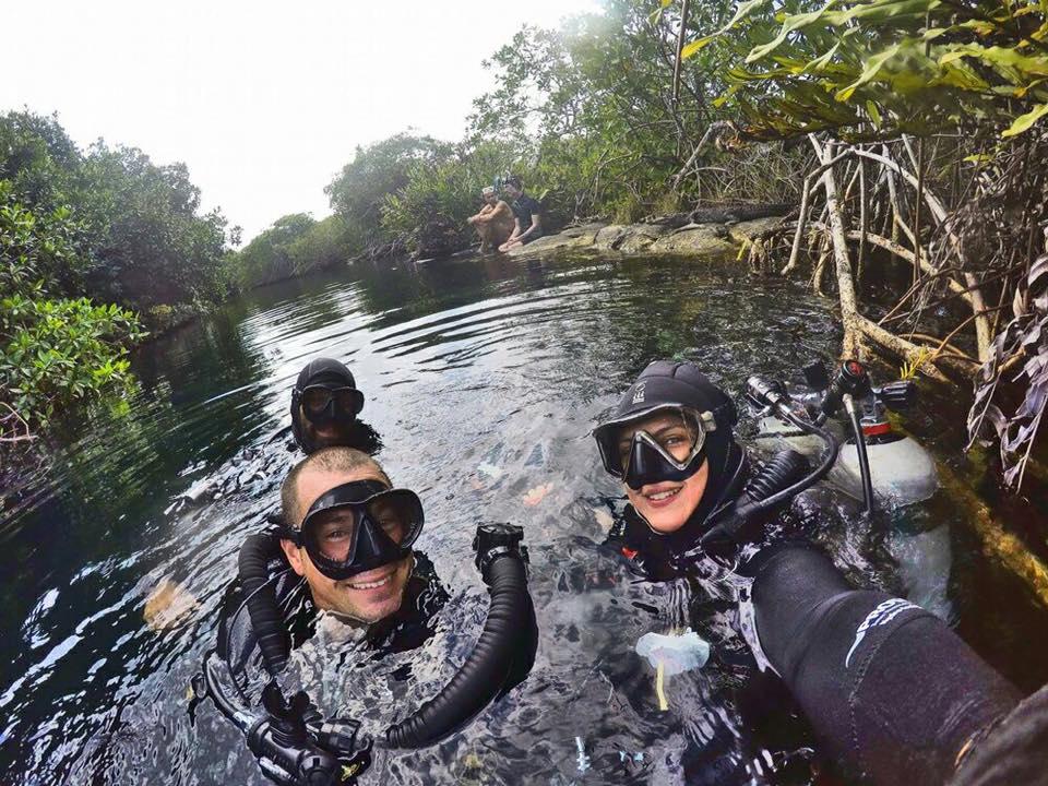 ME Dive Center Dive Shop, Playa del Carmen   Mexico Scuba ...