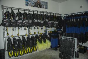 Scubapro school and rental dive equipment