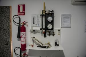 Dive equipment maintenance testing tools
