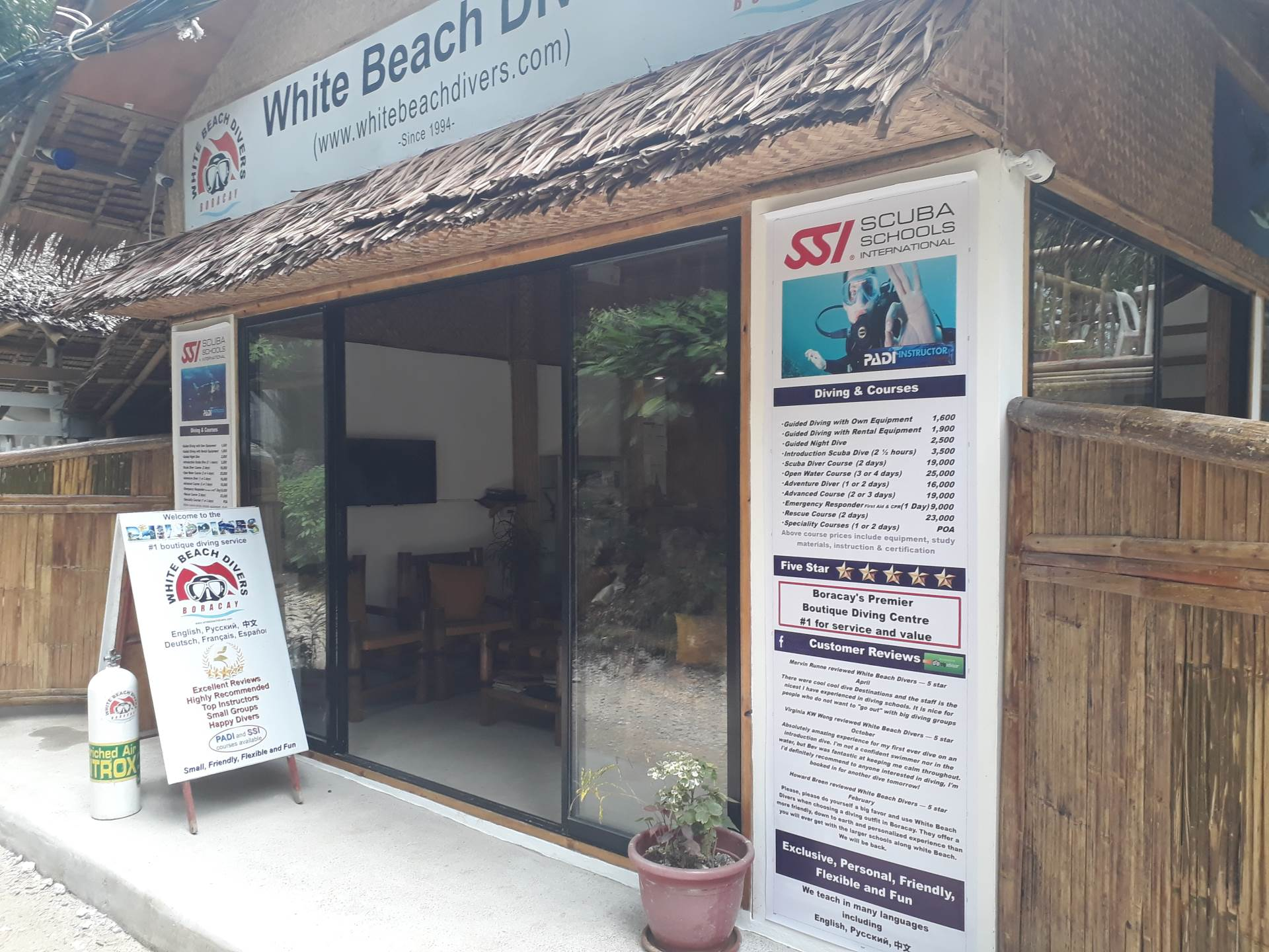 Great facilities at this 5 star boutique dive center. White Beach Divers