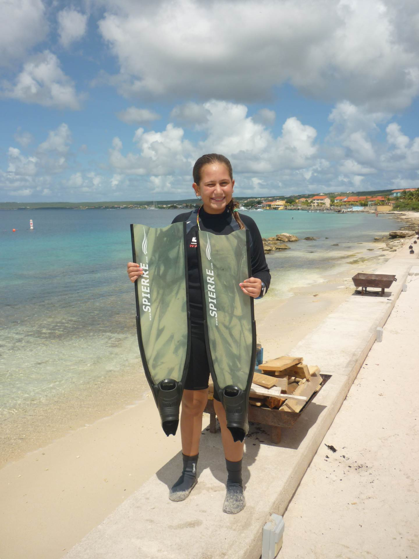 This is a picture of me a few years ago after diving 26 meters in Bon Aire.