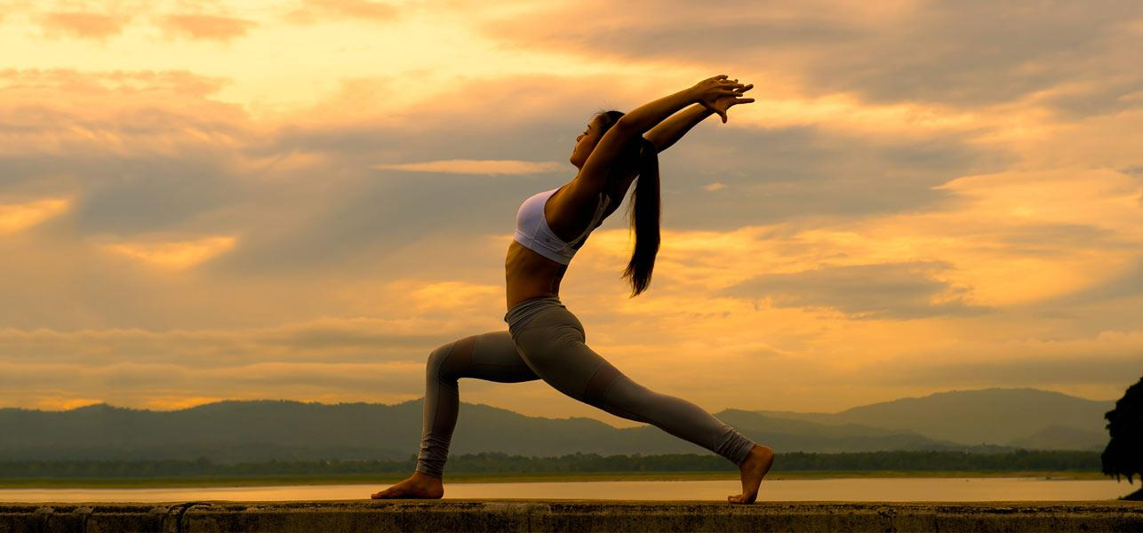 Best-Yoga-Poses samma kruna