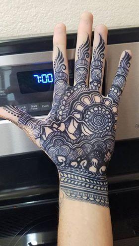 black-color-henna-for-hand-@hennajes