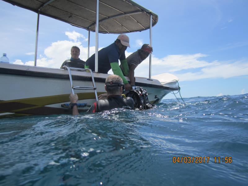 Boat end dive