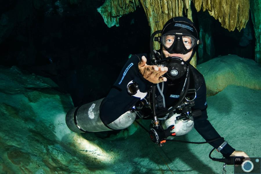 Cenote Diving with Best Cenote Dives