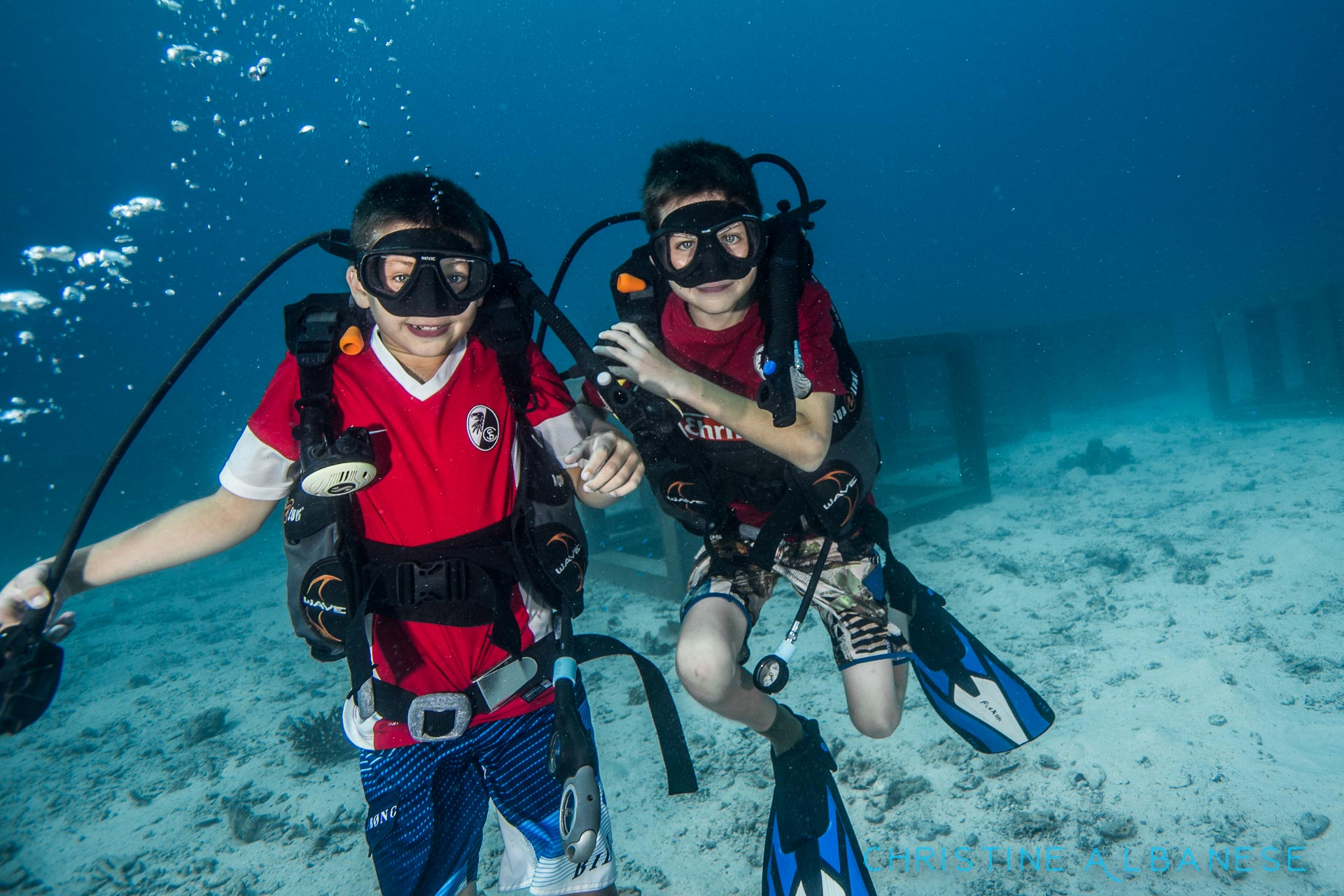 I love diving with kids! They are usually quite fearless, eager and curious thus making them amazing students. These two brothers were so much fun to photograph as they were finishing their junior open water - regs out? No problem! Mask off? Hell yeah!  #underwater #underwaterphotography #uwphotography #EarthCapture #padi #wideangle #canon6d #canon1740 #ikelite #ds160 #scuba #scubadiving #divinglife #eatsleepscuba #scubaearth #natgeo #kohtao #thailand #ocean #marinelife #adventure #discover #underwaterdiving #kids #junioropenwater #fearless
