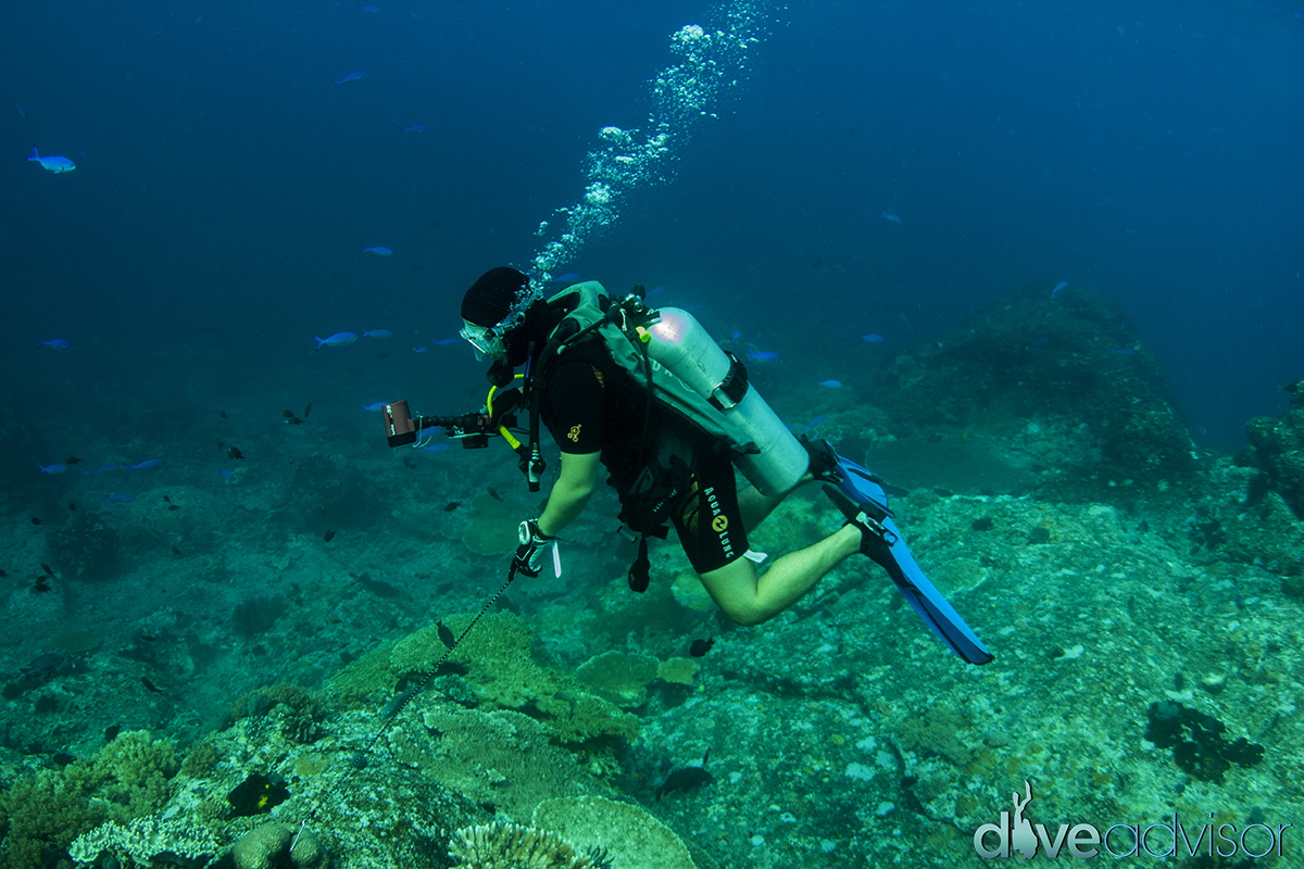 Having a guide who takes pictures for you too, now that's luxury diving...