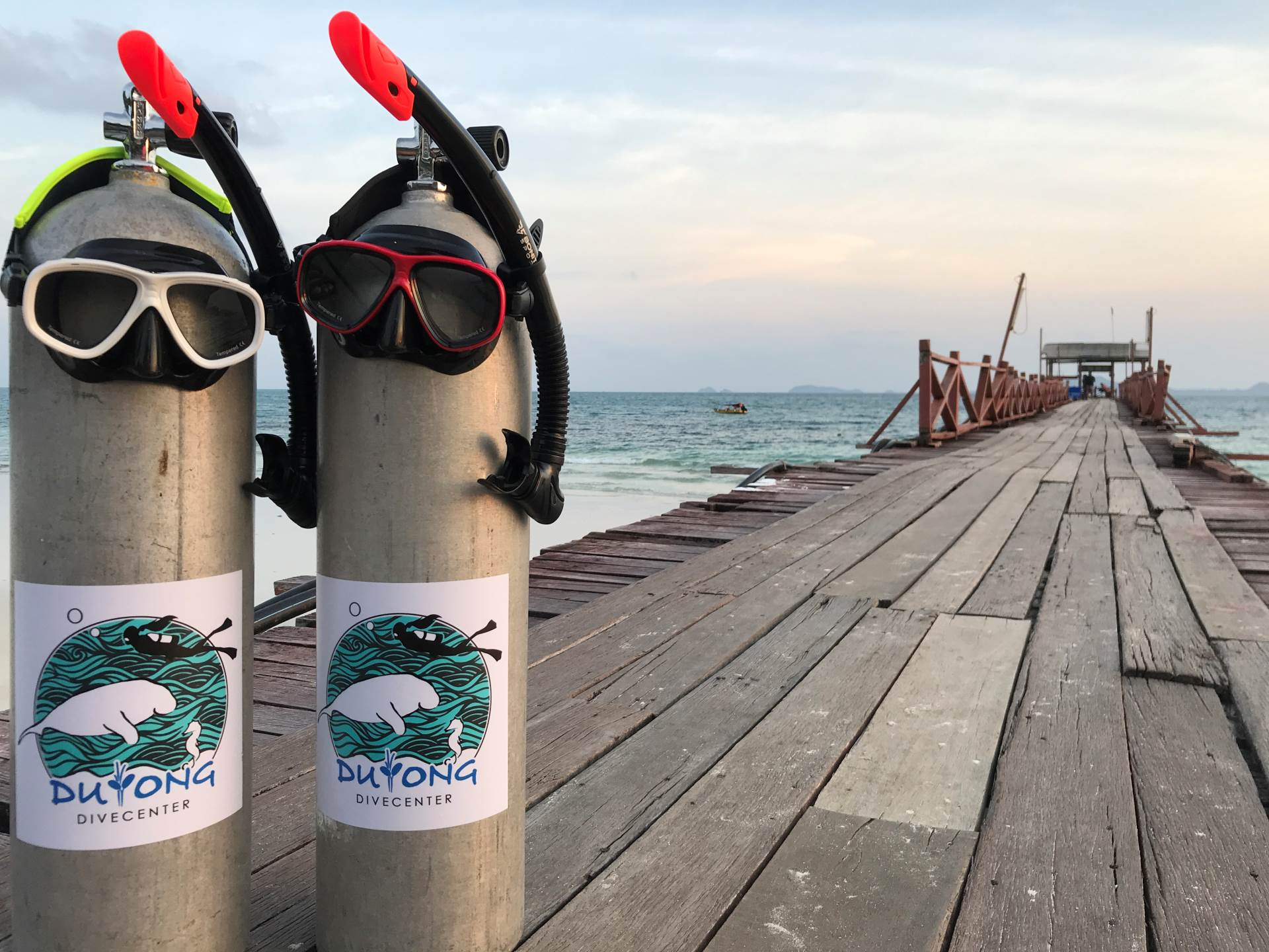 A brand new year has begun, so what are you waiting for?! New year, NEW dive sites!! So come on down to Duyong Dive Center to feel the diveferrence with us at Pulau Tinggi. See you soon in March 2019!